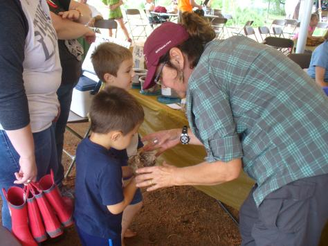 Master Naturalist, Karen Parker, teaches the art of building a birds nest.